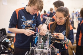 chaminade-robotics-056-_cw17013-edits-cliff-william-photography